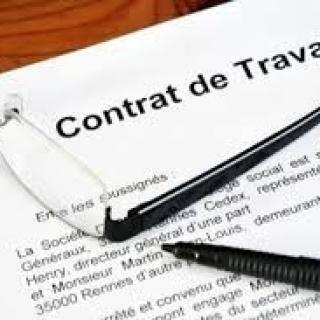 Refus de signature du contrat de travail et requalification en CDI