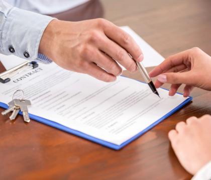 Avocat droit des contrats Paris 16